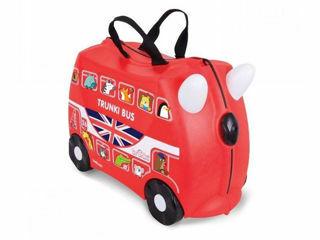 Immagine di Trunki valigia cavalcabile boris bus red - Zainetti e valigie